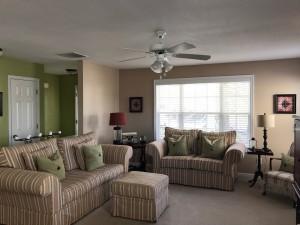 5 living room3